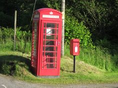 Phone booth and mail in Kilninver