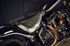 Harley Softail Slim Crowned Stallion by Rough Crafts 5