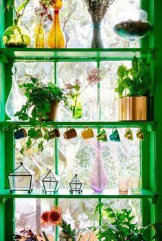 plants in your home & DIY planter Boho living. Bohemian home decoarting.Living Living may refer to: Window Shelves, Glass Shelves, Window Frames, Window Ideas, Kitchen Window Dressing, Dressing Rooms, Deco Boheme Chic, Bohemian Kitchen, Bohemian Living