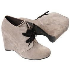 Born Crown Kensi Boots (Sasso (Taupe)) - Women's Boots - 9.5 M