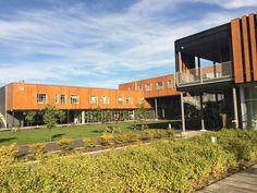 Projet: Hotel La Ferme   Architecte: Hudon Julien, Coarchitecture, Lemay-Michaud & St-Gelais Montminy   Produit: Parklex Façade, Copper  