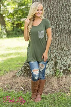 We are in love with this beautifully soft blouse! Featuring a beautiful olive green material, this blouse will make you feel like you're wearing your favorite vintage tee all day long!