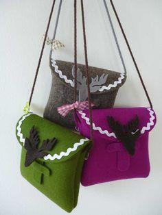 Umhängetaschen - ° O´zapft is! ° Filz Tasche für Wiesn/ Oktoberfest - ein Designerstück von neonbeige bei DaWanda