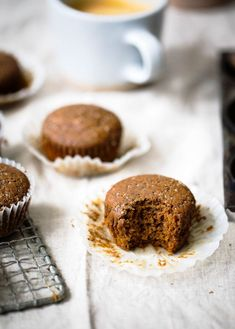 The best healthy gingerbread muffins made with whole wheat flour, cozy spices & molasses. The perfect breakfast with a cup of coffee!