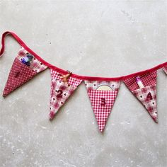 Advent Calendar Christmas Bunting Christmas Sewing Projects, Christmas Crafts, Christmas Decorations, Nordic Christmas, Modern Christmas, Christmas Christmas, Christmas Stockings, Christmas Stall Ideas, Homemade Advent Calendars