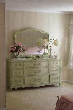 french provincial in green.  cute.  estatesales.net