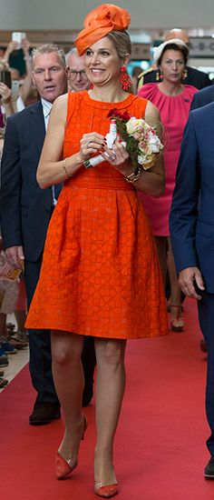 Princess Beatrice, Princess Victoria and the Countess of Wessex: A gallery of the week's best royal style - Foto 8