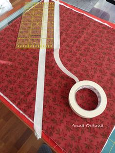Anna Orduña - Mi Rincón de Patchwork: Tutorial: Acolchar líneas rectas Free Motion Quilting, Hand Quilting, Tutorial Patchwork, Quilting Designs, Quilting Ideas, Sewing Hacks, Quilt Patterns, Diy And Crafts, Quilts