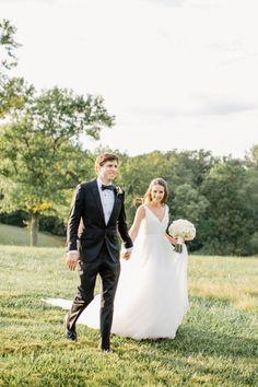 Classic + Elegant Maryland Horse Farm Wedding – Style Me Pretty
