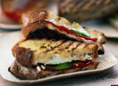Grilled goat cheese sandwich + other tomato soup combos from HuffPo