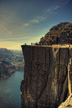 Geological Wonders of the World. Pulpit Rock, Norway