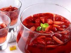 Punč z letního ovoce se šampaňským / Punch of summer fruits with champagne