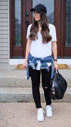 baseball hat chic | Weekend casual tee + Jeans outfit