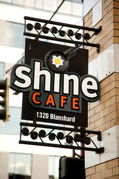 Breakfast in Victoria near Bus station - Shine Cafe | Gallery