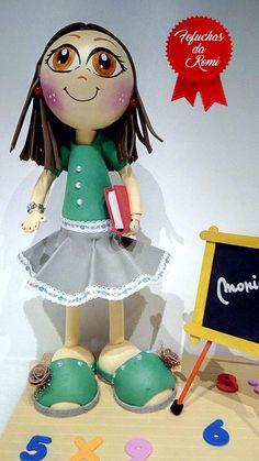 Professora + quadro 4