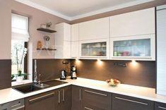 Modern konyha capuccino és krém színben