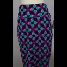 NWT Lularoe Cassie pencil skirt New with tags attached Cassie pencil skirt.  Very stretchy, but still form fitting.  Fits size 10/12 LuLaRoe Skirts Pencil