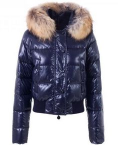 03fe9776d3c0 Moncler Femmes Veste Bleue Avec Alpes Vest Men, Jacket Men, Eid, Uk Fashion
