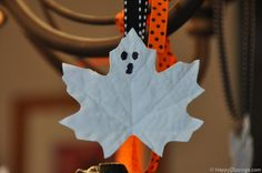 Halloween Egg Carton Bats and Leaf Ghosts (Kids Craft)   HappyClippings.com