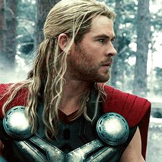 Welcome to simplychrishemsworth, a source for the latest and most important news, pictures and. Marvel Comic Character, Marvel Characters, Marvel Movies, Marvel Gif, Marvel Avengers, Avengers Story, Chris Hemsworth Kids, Best Avenger, Defenders Marvel