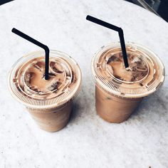 9 Friendly Clever Hacks: Starbucks Coffee Gifts coffee aesthetic date.Coffee Aesthetic Date. But First Coffee, I Love Coffee, Coffee Break, Iced Coffee, Coffee Cups, Black Coffee, Drink Coffee, Coffee Percolator, Coffee Tables