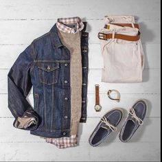 The cream always rises to the  Feature: @matthewgraber  Style Factor: 8/10 Dad Compatibility: 9/10 Trend Transcendence: 8/10  Overall Score: 8.5 . . Shop @dadthreads  Denim Jacket: @thegap Sweater: @bananarepublic Shirt: @bananarepublic Denim: @jcrew Shoes: @sperry by dadthreads