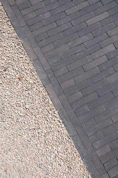 Patio Tiles, Patio Planters, Front Door Steps, Paving Design, Driveway Entrance, Garden Gates, House Front, House Painting, Garden Design