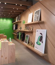 Noteworthy by Evernote retail showroom at Evernote HQ. Evernote Design and Standard Studio, Interiors. Photography © Cesar Rubio