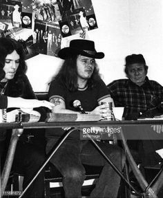 ~Ronnie Van Zant of Lynyrd Skynyrd in concert at The Bottom Line on April 11, 1976 in New York City. Description from gettyimages.com. I searched for this on bing.com/images