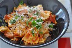 Spicy farfalle pasta with mushrooms and rustic Italian seasoning