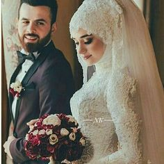 Beste Dating-App . Muslim Wedding Gown, Hijabi Wedding, Muslimah Wedding Dress, Muslim Wedding Dresses, Muslim Brides, Muslim Dress, Bridal Dresses, Wedding Gowns, Wedding Ceremony