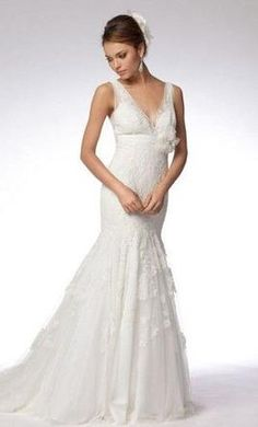 Wtoo Noella: buy this dress for a fraction of the salon price on PreOwnedWeddingDresses.com