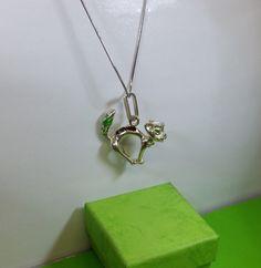Alter Anhänger Katze Silber 800 Emaille grün SK598 von Schmuckbaron