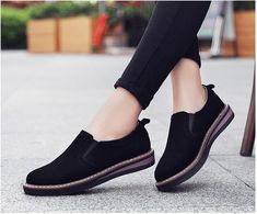 - Women shoes Jimmy Choo - Women shoes Flats The Office - Womens Shoes Wedges, Womens High Heels, Womens Flats, Womens Work Shoes, Shoes For Work, Black Work Shoes Women, Black Shoes, Oxford Shoes Outfit, Casual Shoes