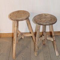 Achterhuis.nl   Diverse krukjes, verschillende uitvoeringen! Om op te zitten of als bijzet tafeltje, planten standaard, enz!