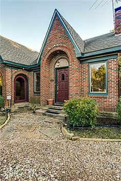 Historical homes north texas on pinterest colonial for Tudor colonial style home