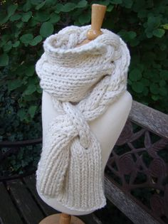 braided knit scarf pattern @Jaclyn - can you make this?