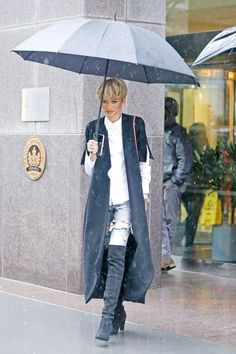 Zendaya out and about in NYC Tall Girl Fashion, High Fashion, Womens Fashion, Tailor Made Suits, Zendaya Style, Zendaya Coleman, Queen, Celebrity Style, Autumn Fashion