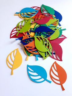 Leaf / Petal Die Cut Outs ( Scrap Booking, Collages, Party Decoration, Table Scatter, Confetti ) Felt Crafts, Diy And Crafts, Crafts For Kids, Diy Tie Dye Shirts, Diy Shirt, Painted Clay Pots, Diy Tank, Autumn Crafts, Valentine Decorations