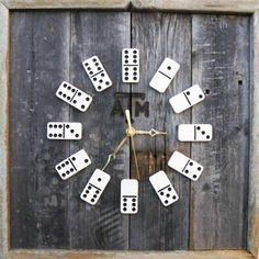 Domino Clock--NO INSTRUCTIONS, but a great concept. Easy DIY with clock kit. Could mod-podge a scene for background, or paint wild colors. Great in a game room. Diy Home Accessories, Wall Clock Design, Deco Originale, Ideas Hogar, Creation Deco, Arts And Crafts, Diy Crafts, Diy Clock, Clock Ideas