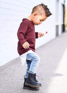 This Cool kids & boys mohawk haircut hairstyle ideas 30 image is part from 60 Awesome Cool Kids and Boys Mohawk Haircut Ideas gallery and article, click read it bellow to see high resolutions quality image and another awesome image ideas. Toddler Boy Fashion, Little Boy Fashion, Toddler Boy Outfits, Fashion Kids, Little Boy Hipster, Fall Fashion, Fashion Games, Little Boys, Trendy Fashion