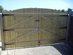 WOODEN DRIVEWAY GATES, TREATED 6FT HIGH X 8FT WIDE | eBay