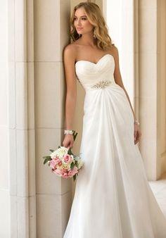 Stella York 5933 chiffon sweetheart sheath wedding dress