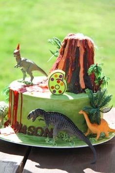 Love that you don't actually need to MAKE any dinosaurs to rock the dino cake… Dinosaur Birthday Cakes, 4th Birthday Cakes, Dinosaur Cake, Dinosaur Party, 3rd Birthday Parties, Harry Birthday, Boy Birthday, Birthday Ideas, Volcano Cake