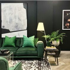 // g r e e n // Green with envy! Love this @arthurgfurniture snapshot by @stevecordony