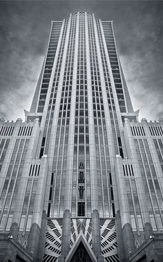 Hearst Tower in Charlotte, NC. Amazing Art Deco building.