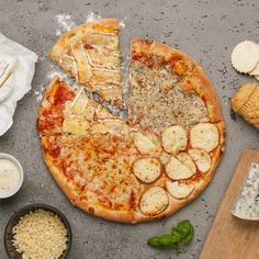 Quattro formaggi Vegetable Pizza, Vegetables, Food, Pizza, Veggie Food, Vegetable Recipes, Meals, Vegetarian Pizza, Veggies