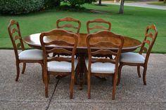 Ethan Allen Country French Pedestal Ext. Dining Table,6 Ladderback Chairs,