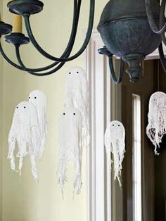 8 cheesecloth squares ghost craft project for hunter small balloon set on cups mix and cover with fabric stiffener soak a piece of cheesecloth in