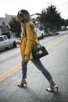 6 Ways to Style Blazers with Jeans (The Teacher Diva) Orange Blazer Outfits, Yellow Blazer, Purple Pants, Look Blazer, Blazer With Jeans, Fall Blazer, Fashionista Trends, Fall Winter Outfits, Autumn Winter Fashion